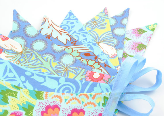 Bright Cheerful Party Bunting - AMY in Azure - 10 flags - 9ft PLUS ties, a perfect decoration for Parties and Photo Props